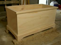 Free Plans For Wooden Toy Boxes by 28 Plans To Make A Wooden Toy Chest Ana White Build A
