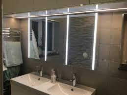 hib xenon 120 triple door aluminium cabinet with led illumination