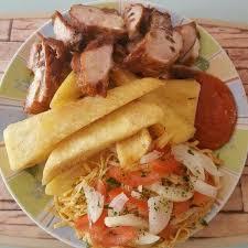 cuisine dinde ignames frites et morceaux de dinde benin cuisine