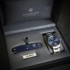victorinox alliance set large watch swiss army knife set victorinox alliance set large watch swiss army knife set blue metal strap