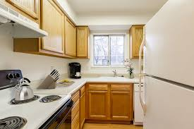 3 bedroom apartments in rochester ny elmwood terrace apartments townhomes rentals rochester ny