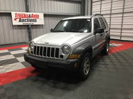 older jeep liberty 121417 trucks and auto auction online only in nampa idaho by