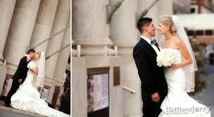 wedding photographers kansas city and josh the wedding midland theater kc wedding