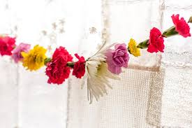 flower garland diy flower garland soulmakes