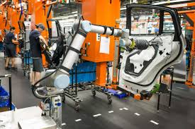 bmw factory assembly line bmw group plant spartanburg collaborative robot at the assembly