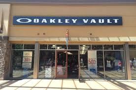 thanksgiving point outlet mall utah oakley vault in 3700 n cabelas blvd lehi utah men u0027s u0026 women u0027s