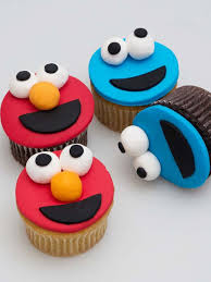 elmo cupcakes buy online we deliver elmo cupcakes by city cake company