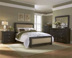 Distressed Bedroom Furniture White by White Distressed Bedroom Furniture Plaid Flower Pattern Quilt And
