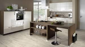 laminat in der küche laminat in der küche verlegen so einfach geht s bricoflor