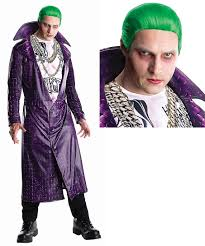 all the problems with this year u0027s jared leto joker costumes dose