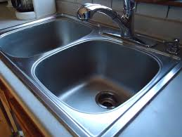 How To Clean Kitchen Sink by How To Make Your Kitchen Sinks Shiny