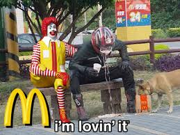 Ronald Mcdonald Meme - 18 people having too much fun with ronald mcdonald statues
