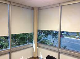 roller screen shade corner office with white screen mesh and silver fascia jpg t u003d1414332098