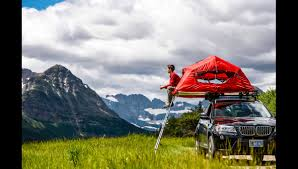 Murray Tent And Awning Yakima Pitches The Skyrise A Rooftop Tent Singletracks Mountain