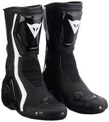 motorcycle boots review dainese giro st boots review therideadvice comtherideadvice com