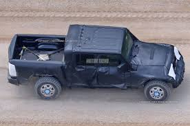 jeep wrangler pickup 2017 jeep wrangler pickup spotted for the first time motor trend canada