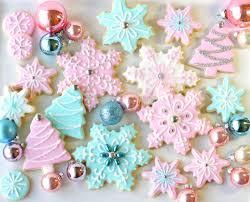 pretty winter cookies pastel baking nom ornaments