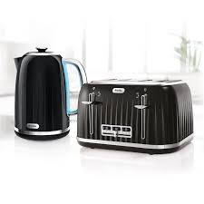 Delonghi Icona 4 Slice Toaster Black Toaster And Kettle Bellini Digital Kettle Btk615 Marc Newson