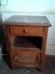 le de chevet ancienne achetez table de chevet occasion annonce vente à bergerac 24