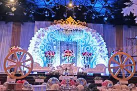 cinderella themed wedding cinderella wedding themed by delight jakarta bridestory