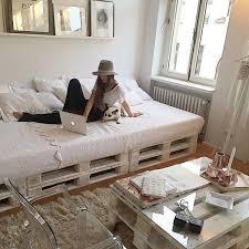 chambre palette lit en palette 50 idées pour fabriquer un lit en palette lit en