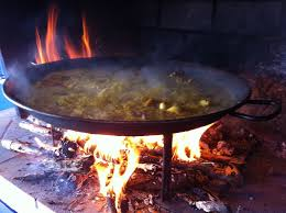 cuisine au feu de bois the secret of the cooking of paella