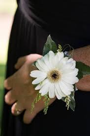 White Wrist Corsage 95 Best Corsages And Other Personal Flowers Images On Pinterest