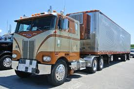 kw trucks walcott i 80 truck show u2026 long haul truckin u0027s goin u0027 out in style