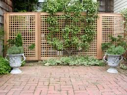 outdoor wooden fence decoration with garden plants ideas