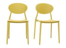 chaises jaunes chaise design et confortable pour salon et cuisine miliboo
