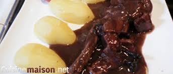 cuisiner un lievre au vin civet de lapin au vin