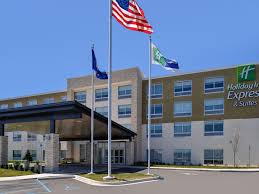 University Of Michigan Flag Find Livonia Hotels Top 47 Hotels In Livonia Mi By Ihg