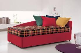 letto singolo con materasso divano a letto con secondo letto estraibile quale materasso