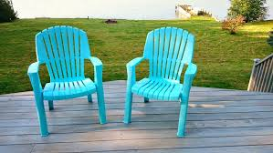 Turquoise Patio Chairs How To Spray Paint Plastic Lawn Chairs Dans Le Lakehouse