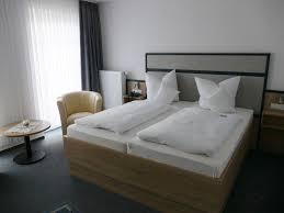 Schlafzimmer Einrichten Wie Im Hotel Hotel Gästehaus Restaurant Cloppenburg Hotel Diekgerdes De