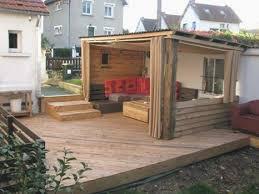 canapé en bois de palette terrasse bois palette esprit cabane idees creatives et meilleur