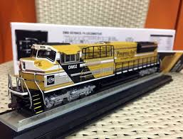 1 87 ho scale emd sd70ace t4 locomotive by diecast masters