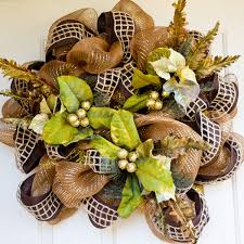 Halloween Wreaths Using Deco Mesh by How To Create A Fall Mesh Poly Deco Wreath The Nerd U0027s Wife