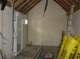 transformer un garage en bureau comment faire pour aménager un garage en un espace habitable