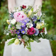 wedding bouquet cottage garden 100 blooms deluxe wedding
