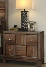Bedroom Furniture Solid Wood Construction Roundhill Furniture