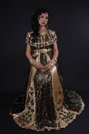 robe algã rienne mariage robe de mariage algérienne moderne officier prune robe de