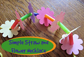 simple straw and flower necklace instructions