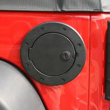 jeep wrangler lock rugged ridge 11425 06 locking gas cap door black aluminum 07 15
