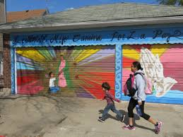 fear grips a mexican american neighborhood news sports jobs family members walk home from school in chicago s little village where most people live within