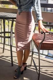 how to wear a bodycon dress for any shape or size if the