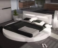 Wandgestaltung Schlafzimmer Bett Awesome Schlafzimmer Farbgestaltung Tone Tapete Und High End