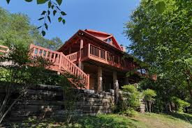 pigeon forge tennessee vacation cabin rentals with 2 enclosed