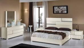 White High Gloss Queen Bedroom Suite Oriental Black Lacquer Furniture Modern Beige Italian Bedroom Set