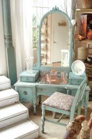 Old Fashioned Bedroom Chairs by Old Fashioned Bedroom Furniture Foter